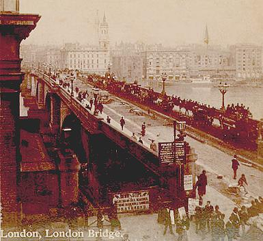 OldLondonBridge1890_WikiCommons