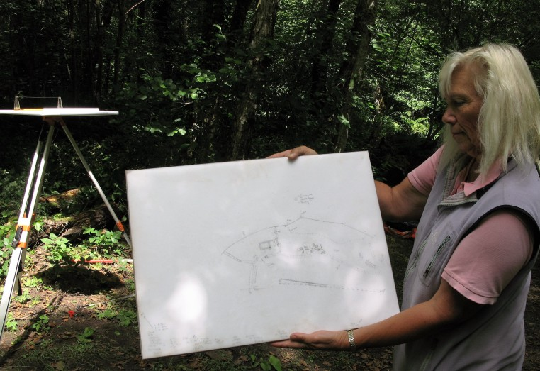 Tanya explains how traditional survey techniques are used to produce an accurate picture of the features on the ground