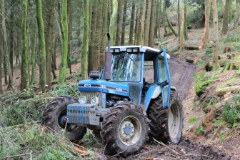 winch tractor